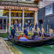 Hard Rock Cafe Venice Gondolas_dsc1294_02282017 Art Print