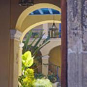 Havana Courtyard Art Print