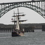 Hawaiian Chieftain In Yaquina Bay Art Print