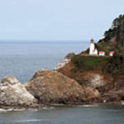 Heceta Head Lighthouse - Oregon's Scenic Pacific Coast Viewpoint Print by Christine Till
