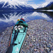 Kayak Ashore Art Print