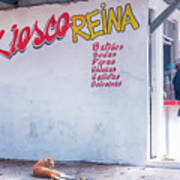 Kiesco Reina Art Print