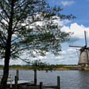 Kinderdijk Windmill Art Print