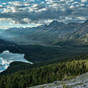 Last Rays Of Light Over Peyto Lake Art Print