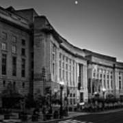 Late Evening At The Ronald Reagan Building In Black And White Art Print