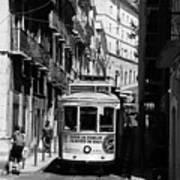 Lisbon Trolley 16b Art Print