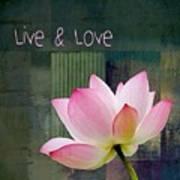 Live N Love - - 0333-15a Art Print