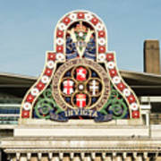 London Chatham And Dover Railway Crest With Invicta Motto Blackfriars Railway Station Art Print