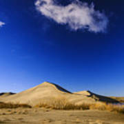 Lonely Cloud Over Sand Dunes At Bruneau Dunes State Park Idaho Usa Art Print