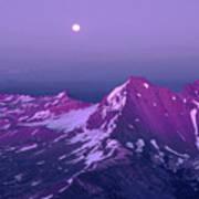 M05413 Moonrise Over Broken Top Art Print