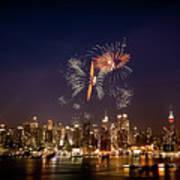 Macy's Fireworks Iv Print by David Hahn