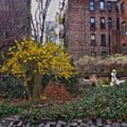Manhattan Community Garden Art Print