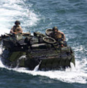 Marines Operate An Amphibious Assault Art Print