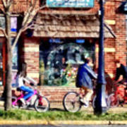 Metuchen Nj - Bicyclists On Main Street Art Print