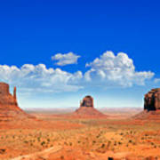 Monument Vally Buttes Art Print by Jane Rix