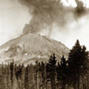 Mt. Lassen In Eruption Oct. 6, 1915 Art Print