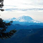 Mt Rainier And Lenticular Cloud Art Print