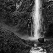 Multnomah Falls In Black And White Art Print