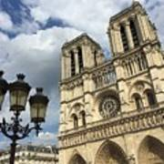 Notre Dame And Lamppost Art Print