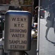 Nyc Drinking Water Art Print
