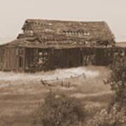 Old Barn In Oregon Art Print