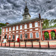 Philadelphia's Independence Hall Under The Clouds Art Print