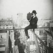 Photographing Nyc Above 5th Avenue - 1905 Art Print