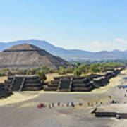 Pyramid Of The Sun And Avenue Of The Dead Art Print