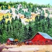 Red Barn In Autumn Art Print