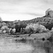 Red Rock Crossing At Cathedral Rock Art Print