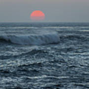 Red Sun With Wave Art Print