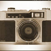 Robin 35mm Rangefinder Camera Art Print by Mike McGlothlen