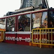 Roosevelt Island Tram Art Print