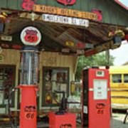Route 66 - Shea's Gas Station Art Print