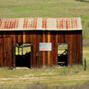 Rustic Barn With Flag Art Print