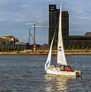 Sailing Downtown Art Print