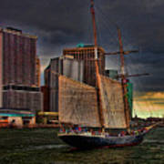 Sailing On The East River Art Print