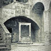 San Gimignano - Medieval Well  Art Print