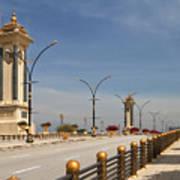 Seri Gemilang Bridge In Putrajaya Art Print