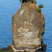 Siwash Rock By Stanley Park Art Print