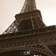 Snowing On The Eiffel Tower Art Print