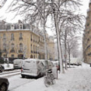 Snowy Day In Paris Art Print