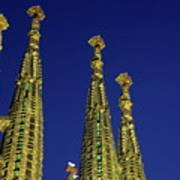 Spires Of The Sagrada Familia Cathedral At Dusk Art Print