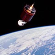 Stabilizing Spacecraft Art Print
