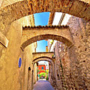 Street Of Sirmione Historic Architecture View Art Print
