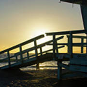 Sunset Behind A Lifeguard Station On Venice Beach Ca Art Print