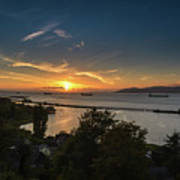 Sunset Over The Columbia River Art Print