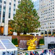 The Christmas Tree At Rockefeller Center New York City Art Print