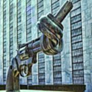 The Knotted Gun Art Print