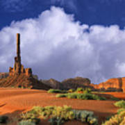 Totem Pole Monument Valley Art Print